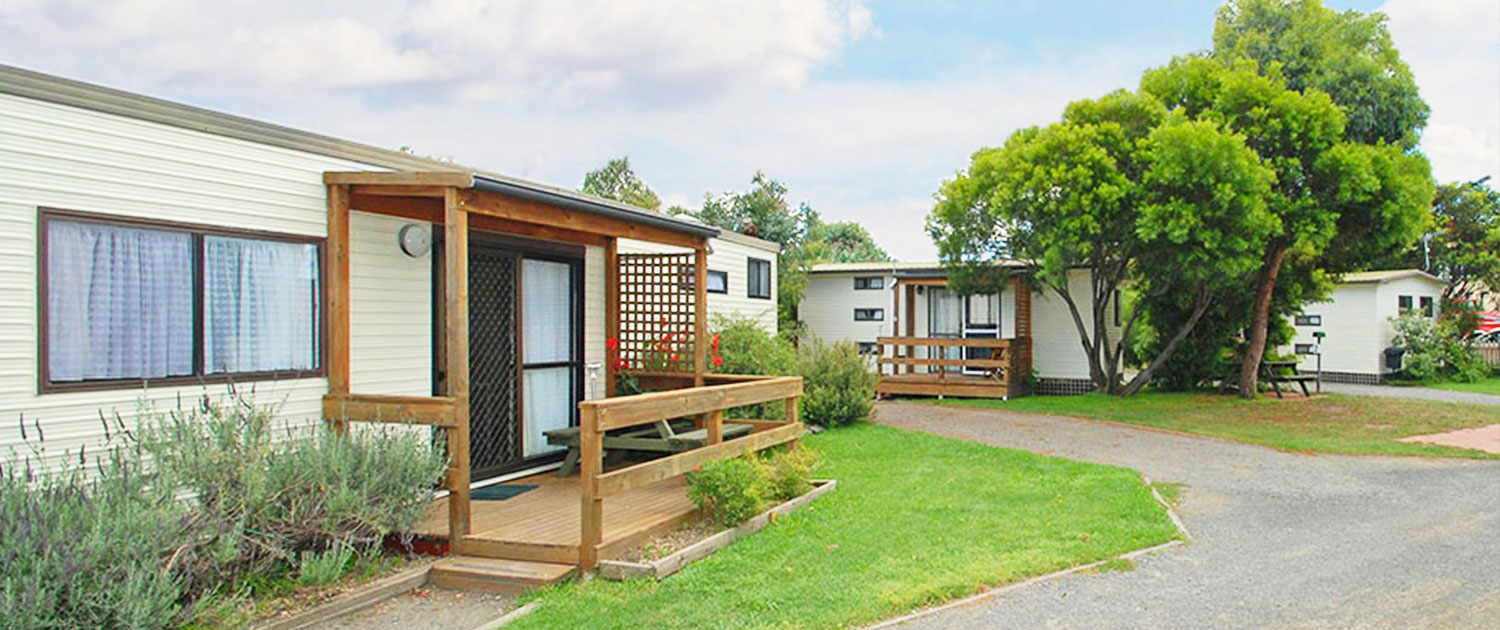 Cabins - Side View - Triabunna Cabin & Caravan Park