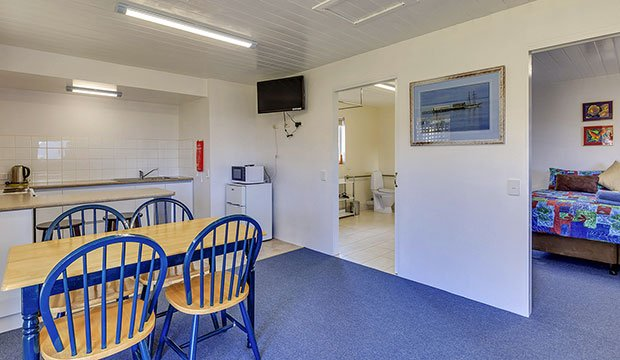 Superior Cabin - Triabunna Accommodation